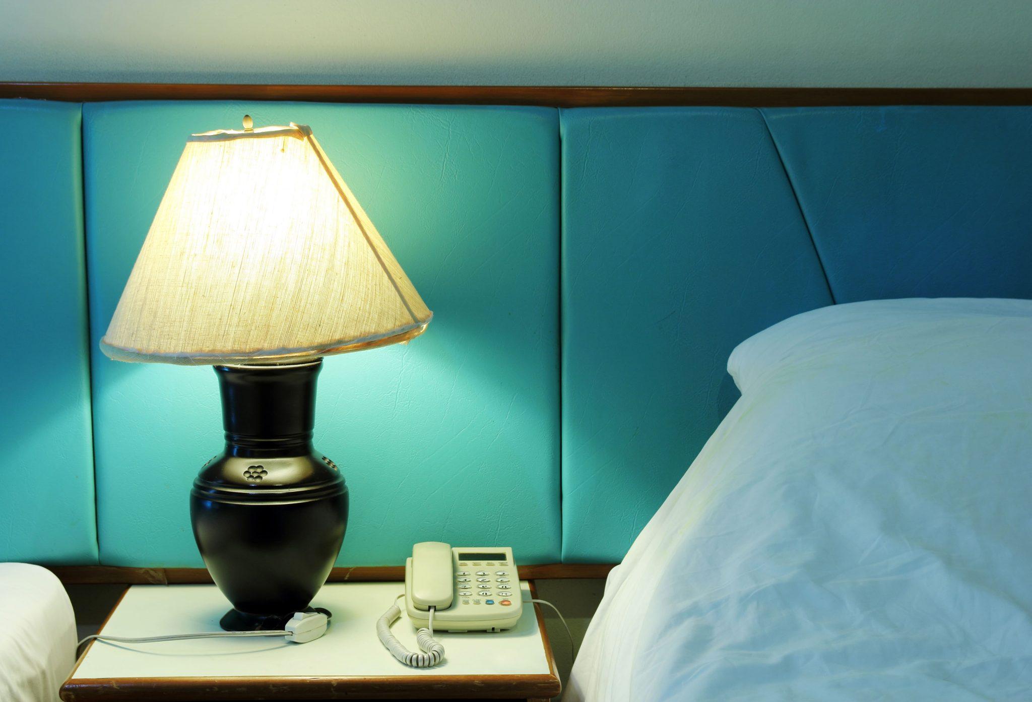 Light lamp switch on