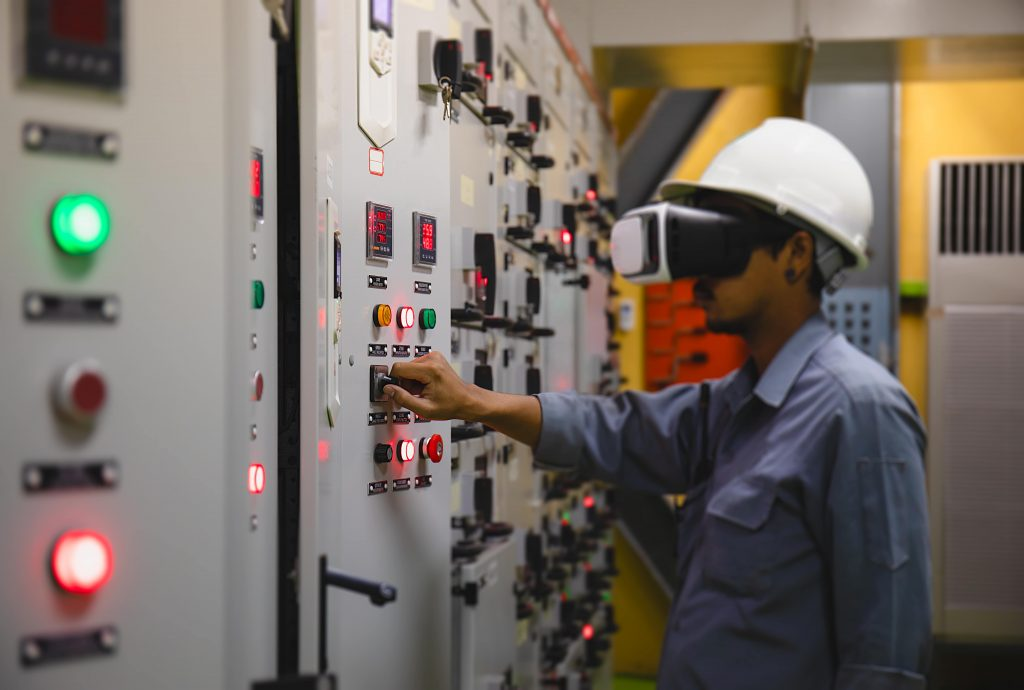 Virtual Reality Augmented Reality AR VR Power Plant - Innovations for the Energy Industry during COVID-19